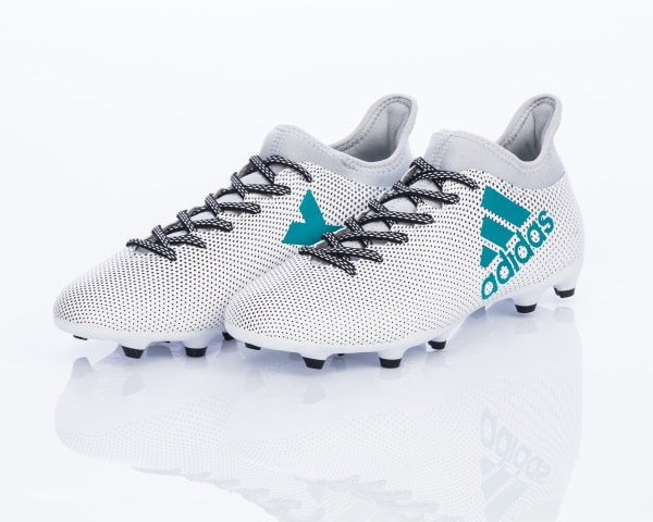 נעלי כדורגל אדידס מומלצות – סקירת הטובות ביותר 2021