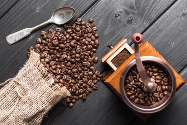 מטחנת קפה – סקירת המומלצות ביותר 2021